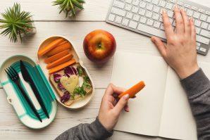 Bu Yıl Yeni Yıl Kararınız Ne Olacak? Sağlıklı Beslenmeyi Yaşam Tarzınızın Bir Parçası Haline Getirmeye Ne Dersiniz?